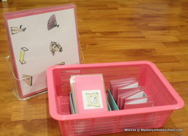 Montessori Pink Reading