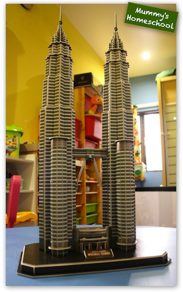 3D Puzzle Petronas Twin Towers