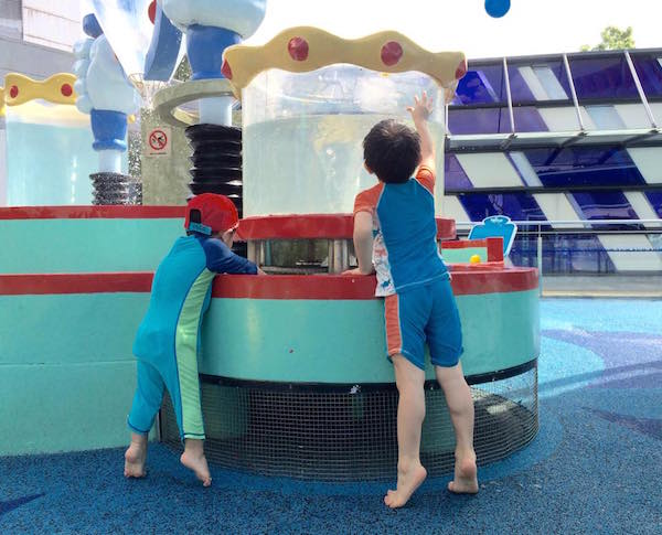 singapore science centre water play
